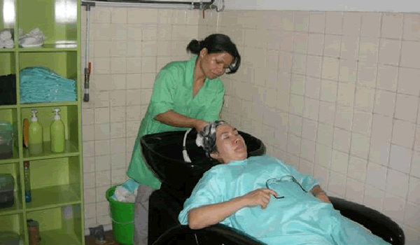 Salon Perawatan Rambut rontok